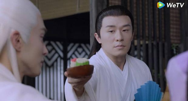 Đông Hoa Đế Quân (Chẩm Thượng Thư) có cả rổ biểu cảm nịnh nọt rẻ tiền, bảo sao Địch Lệ Nhiệt Ba không mê anh cho được - Ảnh 7.