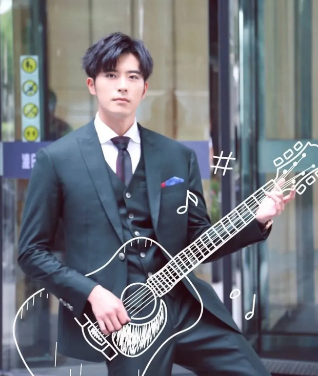 Ở nhà quay vlog, Trương Thiên Ái vô tình lộ loạt bằng chứng hẹn hò với mỹ nam đã có bạn gái của Tại Sao Boss Muốn Cưới Tôi - Ảnh 8.