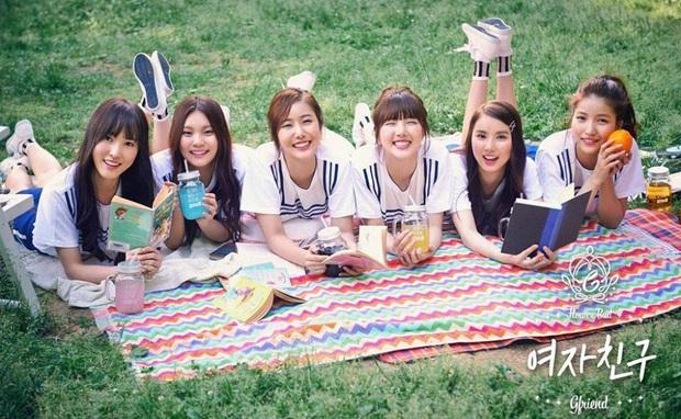 BTS từng có fanmeeting 32 người tham dự, GFRIEND bán được đúng 500 album nhưng giờ cùng boygroup nhà CUBE đổi đời ngoạn mục khiến fan xúc động - Ảnh 4.