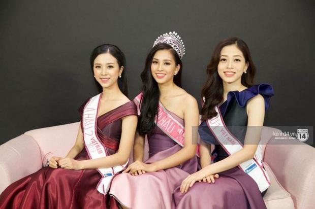 Hoa hậu Việt Nam 2020 chính thức khởi động, nhan sắc của Tiểu Vy và 2 nàng Á ngày càng chín mới là điều được chú ý! - Ảnh 17.