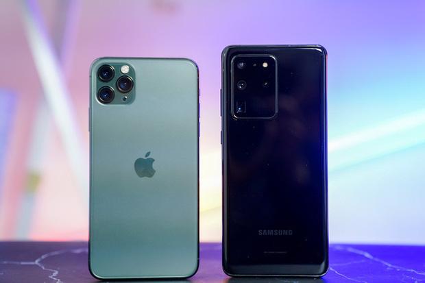 Đọ sức mạnh chụp ảnh của Galaxy S20 Ultra và iPhone 11 Pro Max: Ai thiệt ai hơn? - Ảnh 1.