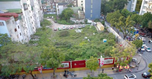 Những tuyến phố đắt đỏ có giá đất cả tỷ đồng/m2 ở Hà Nội - Ảnh 13.