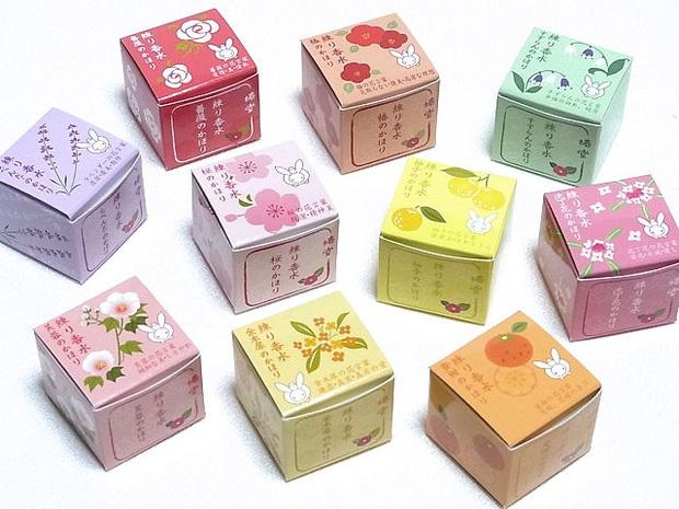 Theo trend nước hoa khô: Tăm tia 7 loại dịu nhẹ cả mùi hương lẫn giá thành này - Ảnh 3.