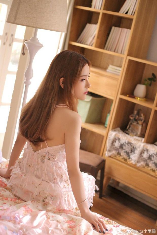 Vượt mặt cả nữ thần Candice, cô nàng này được ca ngợi là Nữ MC đẹp nhất Trung Quốc vì quá gợi cảm - Ảnh 6.