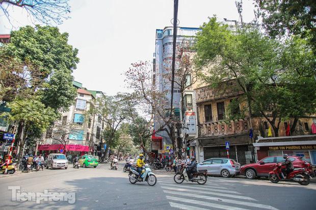 Những tuyến phố đắt đỏ có giá đất cả tỷ đồng/m2 ở Hà Nội - Ảnh 8.