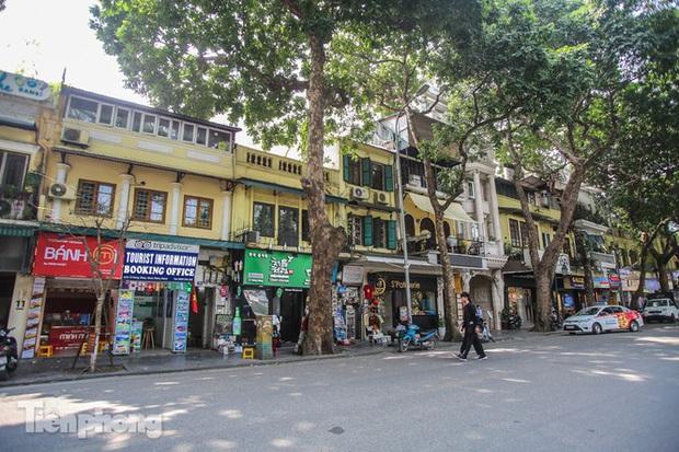 Những tuyến phố đắt đỏ có giá đất cả tỷ đồng/m2 ở Hà Nội - Ảnh 9.