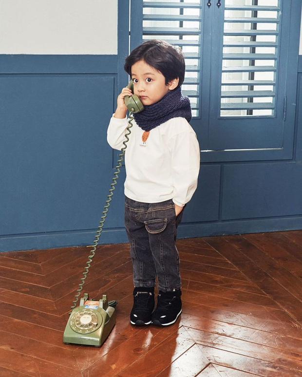 Nhóc tỳ được chuyển giới thành con gái Kim Tae Hee: Mẫu nhí nam có gương mặt như thiên thần, 5 tuổi đã quá tài năng - Ảnh 13.
