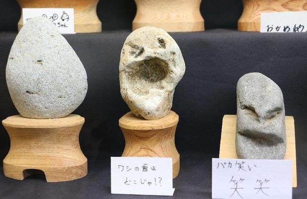 """Bảo tàng đá mặt người với hàng trăm sắc thái khác nhau ở Nhật Bản, có tác phẩm còn """"cosplay"""" cả danh ca Elvis Presley đình đám - Ảnh 11."""