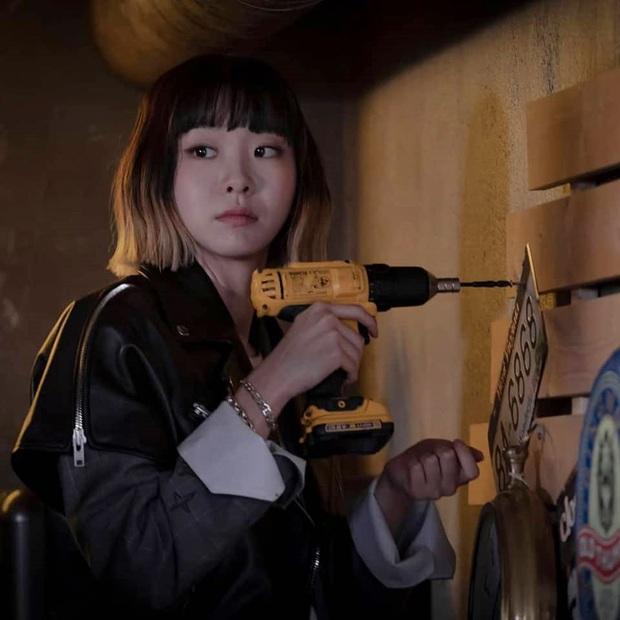 Rộ tin NXS Tầng Lớp Itaewon từng chọn IU cho vai điên nữ, netizen thở phào may quá cổ không nhận lời! - Ảnh 4.