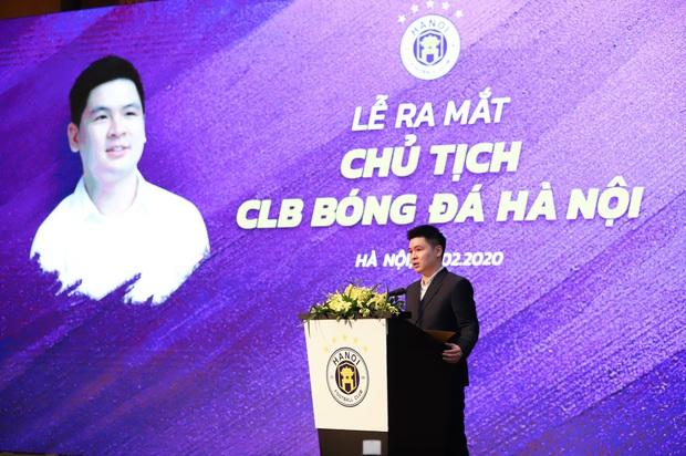 Dàn cầu thủ Hà Nội FC tươi rói dự lễ xuất quân mùa giải 2020 - Ảnh 3.