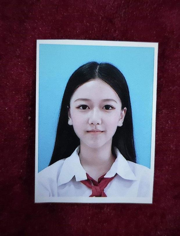Nữ sinh Sài Gòn 15 tuổi khoe ảnh dậy thì thành công bị dân tình nghi ngờ lạm dụng photoshop quá đà lên tiếng thanh minh - Ảnh 4.