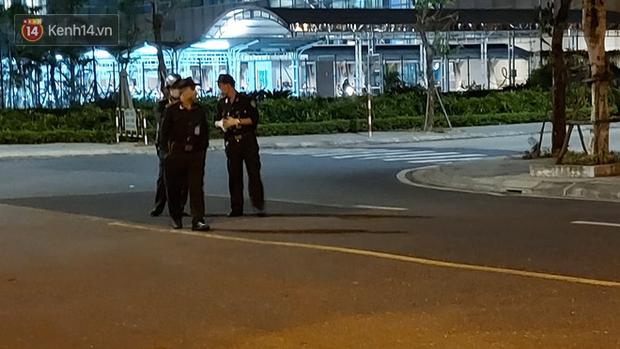 Ảnh: Nhóm khách từ tâm dịch Daegu Hàn Quốc đến Đà Nẵng đã lên máy bay trở về nước ngay trong đêm - Ảnh 5.