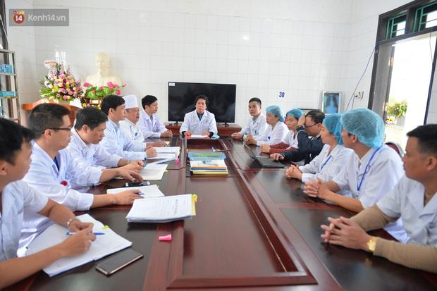 Bệnh nhân nhiễm COVID-19 cuối cùng của Việt Nam được xuất viện: Mong cộng đồng không kỳ thị người dân Sơn Lôi nữa - Ảnh 1.