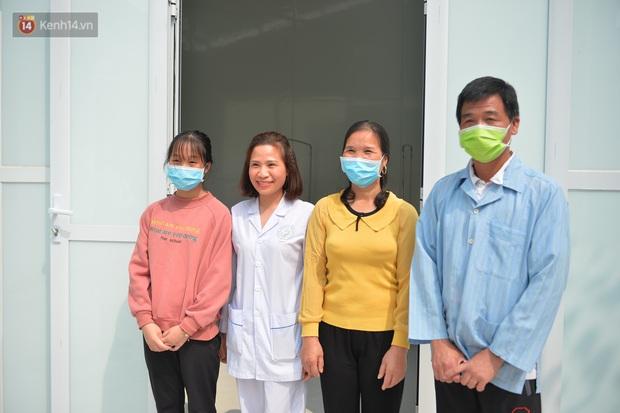Bệnh nhân nhiễm COVID-19 cuối cùng của Việt Nam được xuất viện: Mong cộng đồng không kỳ thị người dân Sơn Lôi nữa - Ảnh 3.