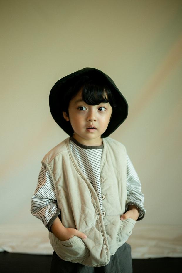 Nhóc tỳ được chuyển giới thành con gái Kim Tae Hee: Mẫu nhí nam có gương mặt như thiên thần, 5 tuổi đã quá tài năng - Ảnh 10.