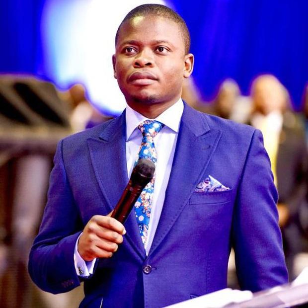 Nhà tiên tri vũ trụ châu Phi bị cáo buộc vì bán xà phòng có thể... rửa sạch mọi loại tội lỗi - Ảnh 4.
