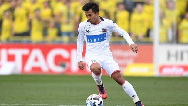 Messi Thái ngại nói về Covid-19, tuyển Thái Lan quyết tìm cách triệu tập 4 tuyển thủ thi đấu ở Nhật Bản - Ảnh 4.