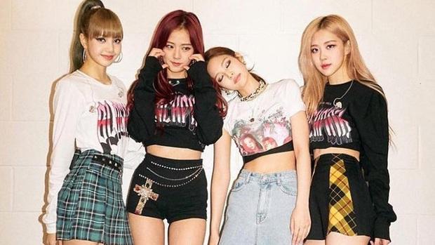 """Idol nữ có MV lyrics nhiều view nhất: BLACKPINK áp đảo vì fan quá """"vã"""" nhạc nhưng bị nhóm nữ """"one hit wonder"""" phá ngang thành tích top 10 - Ảnh 1."""