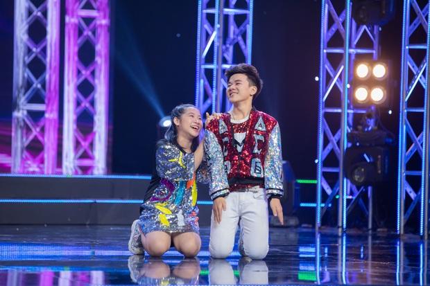 Cặp đôi vàng nhí: Văn Minh - Ngọc Giàu giành chiến thắng, cặp đôi triệu view trượt ngôi Quán quân - Ảnh 8.