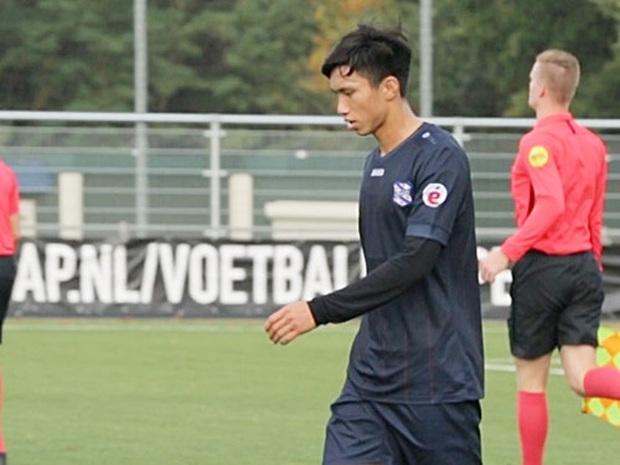 Văn Hậu trao đổi tự tin với đồng đội, ra dáng thủ lĩnh trong trận đấu của đội dự bị SC Heerenveen: Cậu út khi xưa đã trưởng thành - Ảnh 2.