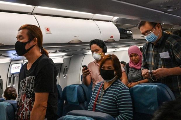 Bệnh nhân nhiễm virus corona nhiều lần nói dối về lịch sử đi lại khiến 30 y bác sĩ có nguy cơ lây bệnh ở Thái Lan - Ảnh 1.