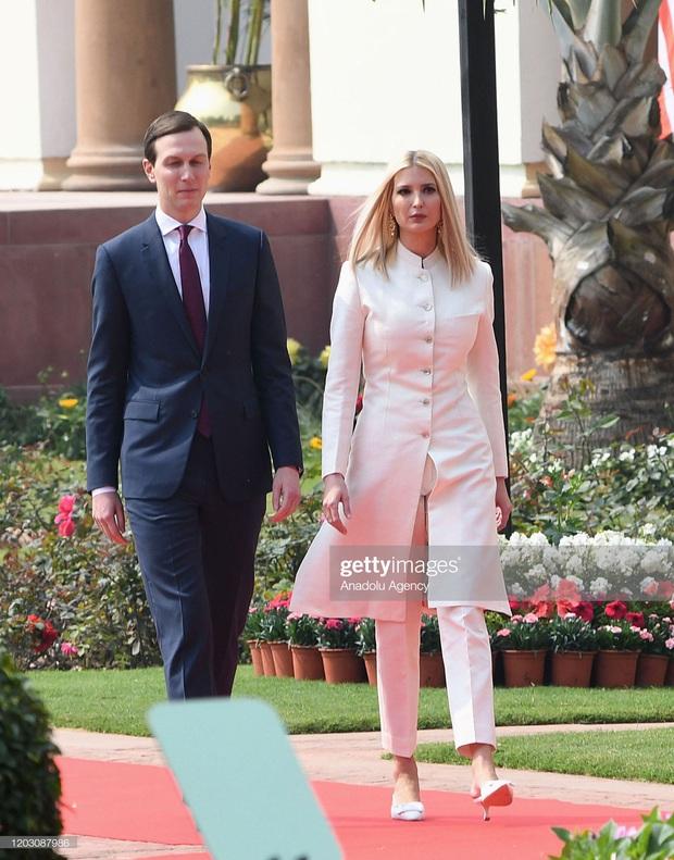 Ái nữ Tổng thống Mỹ được khen hết lời khi diện lại váy cũ, đẹp như nữ thần trong chuyến công du nước ngoài - Ảnh 5.