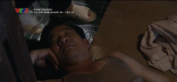 Phẫn nộ cảnh gái quê Phương Oanh bị cưỡng hiếp nhưng bố ruột lại bao che thủ phạm ở Cô Gái Nhà Người Ta tập 16 - Ảnh 10.