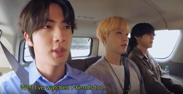 RM (BTS) chia sẻ bí quyết học tiếng Anh, anh cả Jin khiến fan phì cười vì tiết lộ không thể đáng yêu hơn! - Ảnh 2.