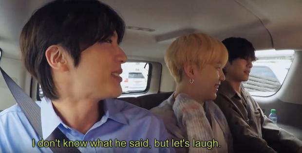 RM (BTS) chia sẻ bí quyết học tiếng Anh, anh cả Jin khiến fan phì cười vì tiết lộ không thể đáng yêu hơn! - Ảnh 4.