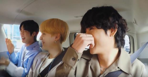 RM (BTS) chia sẻ bí quyết học tiếng Anh, anh cả Jin khiến fan phì cười vì tiết lộ không thể đáng yêu hơn! - Ảnh 5.