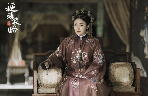Đã 41 tuổi mà Tần Lam vẫn trẻ đẹp bất chấp tuổi tác, hóa ra bí quyết đến từ 4 thói quen chăm sóc da hàng ngày - Ảnh 1.