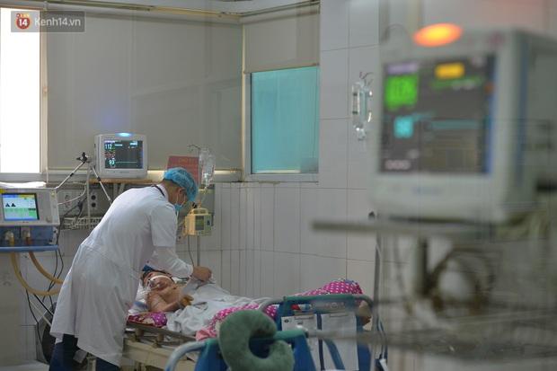 Bác sĩ tự cách ly 14 ngày sau khi đưa 30 công dân từ Vũ Hán về nước: Đây là thời điểm vất vả của ngành y, tôi hy vọng người dân có thể thấu hiểu - Ảnh 7.