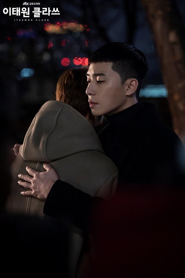 Jang Geun Soo của Tầng Lớp Itaewon: Bên hiếu bên nghĩa, dù đi lối nào khán giả vẫn ủng hộ? - Ảnh 6.
