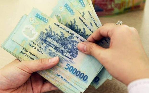 Cùng xem cách chi tiêu của đôi vợ chồng mới cưới ở giữa Hà Nội thu nhập 14 triệu nhưng tháng nào cũng để ra được 8 triệu - Ảnh 1.
