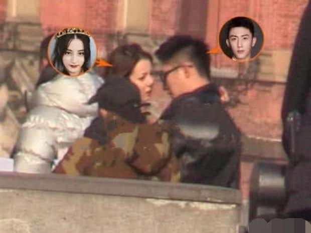 Blogger tiết lộ Cbiz thêm cặp đôi mới cực hot: Địch Lệ Nhiệt Ba đang đắm say trong tình yêu với Hoàng Cảnh Du? - Ảnh 5.