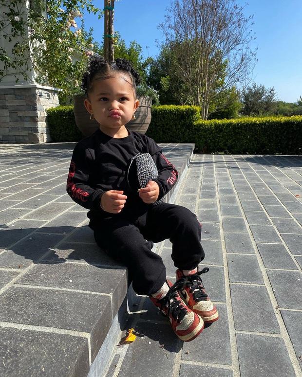 Con gái Kylie cân hết Rosé, Chi Pu khi diện túi Alexander Wang hot hit, càng bất ngờ khi đây là hàng made in Vietnam - Ảnh 4.