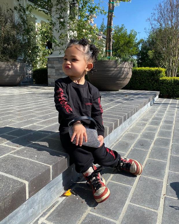 Con gái Kylie cân hết Rosé, Chi Pu khi diện túi Alexander Wang hot hit, càng bất ngờ khi đây là hàng made in Vietnam - Ảnh 3.