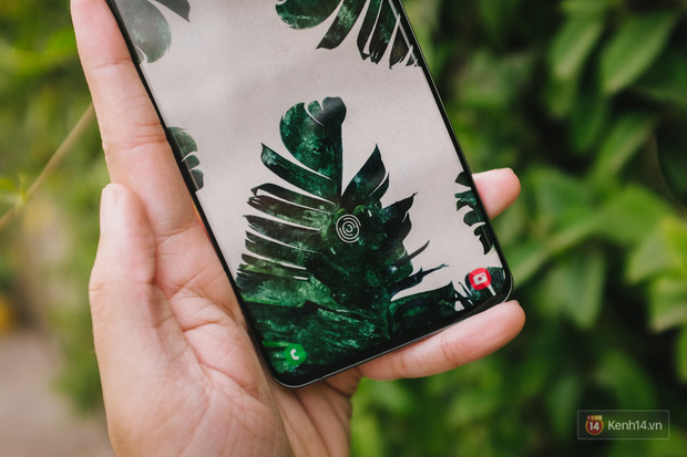 Ngắm những nét đẹp riêng của Samsung Galaxy S20 - Ảnh 3.