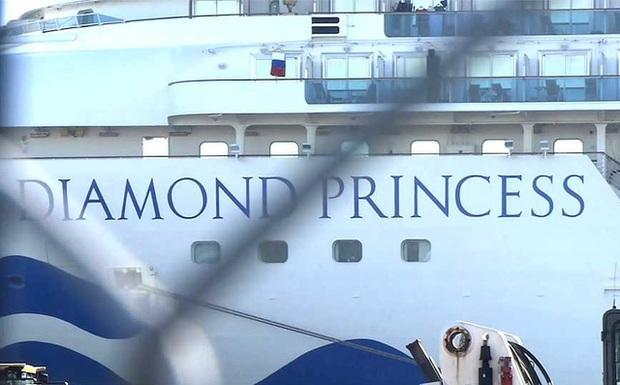 CNN: Cố vấn cấp cao Nhật Bản thừa nhận biện pháp cách ly tàu Diamond Princess có thiếu sót - Ảnh 1.