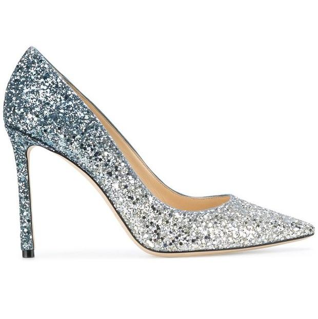 Công nương Kate thật khéo lấy lòng công chúng, hôm trước vừa đi giày hiệu 16 triệu, hôm sau đã sửa sai với đôi giày 800k - Ảnh 5.