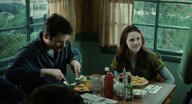 5 câu hỏi mà xem xong Twilight hơn 1 thập kỉ rồi khán giả vẫn không tìm ra lời giải - Ảnh 7.