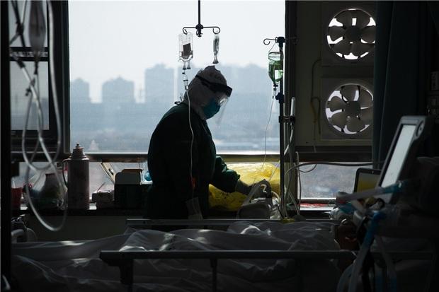 Muốn khóc 100 lần mỗi ngày: Nỗi hoang mang và cô độc ít ai hiểu của những thai phụ Trung Quốc thời dịch virus corona - Ảnh 4.