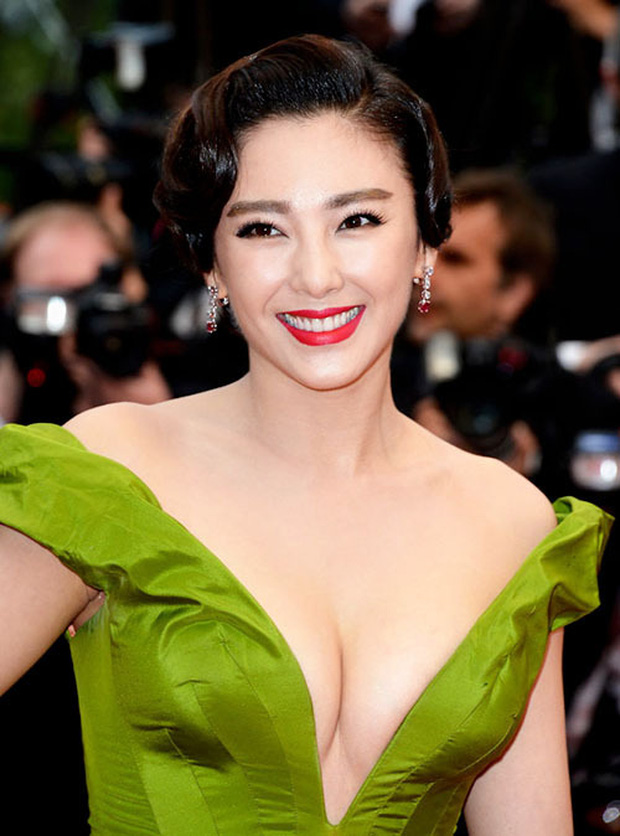 Mỹ nhân showbiz liều mạng làm đẹp: Từ Hy Viên uống thuốc chống đông máu, Song Ji Hyo thay máu để trở nên tươi trẻ - Ảnh 3.