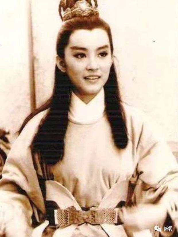 Dàn mỹ nhân Cbiz ngày đầu casting: Triệu Lệ Dĩnh - Nhiệt Ba lộ nhan sắc thật gây choáng, Lưu Diệc Phi đẹp hút hồn - Ảnh 40.