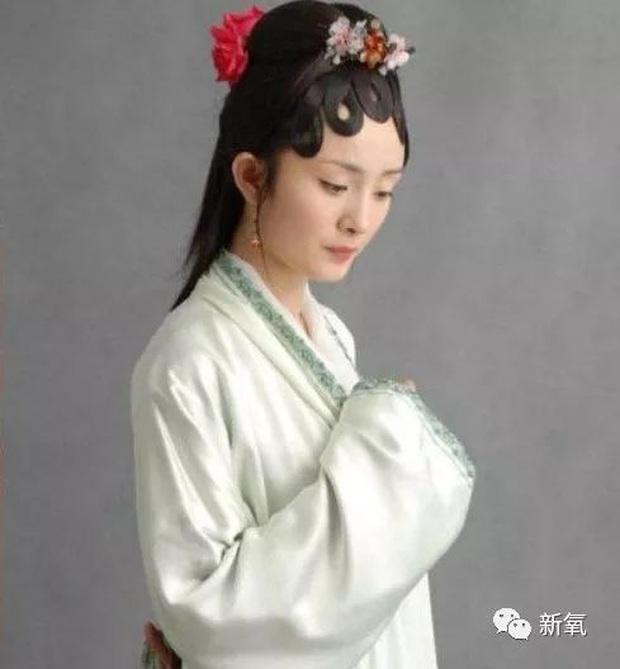 Dàn mỹ nhân Cbiz ngày đầu casting: Triệu Lệ Dĩnh - Nhiệt Ba lộ nhan sắc thật gây choáng, Lưu Diệc Phi đẹp hút hồn - Ảnh 11.