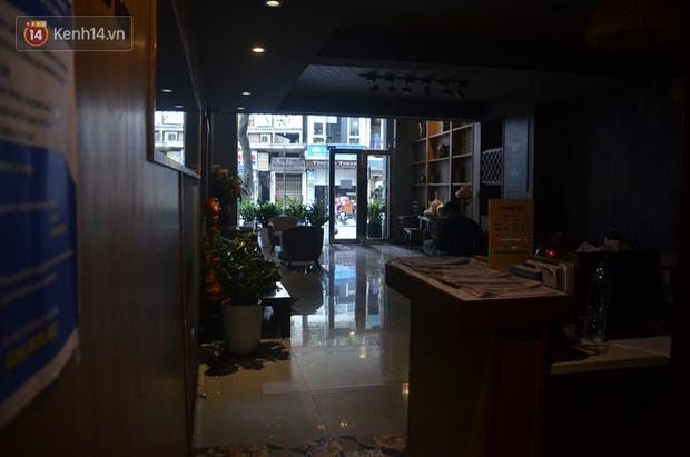Ảnh: Hàng loạt khách sạn ở Hà Nội đóng cửa, giảm giá đến 60% vẫn ế khách giữa mùa dịch Covid-19 - Ảnh 1.