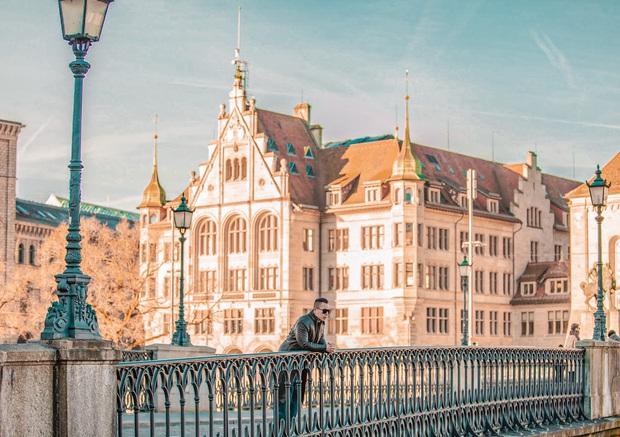 Vũ Khắc Tiệp nhá hàng về hành trình bất ngờ đến 8 địa điểm đắt giá ở Thuỵ Sĩ chỉ vì bộ phim Hạ cánh nơi anh - Ảnh 3.