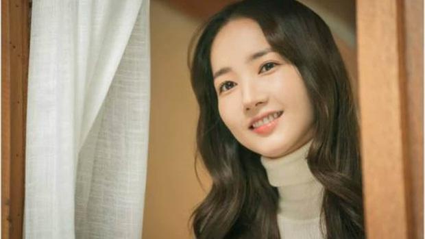 4 mĩ nhân oanh tạc màn ảnh Hàn ngay lúc này: Bà xã Bi Rain tái xuất cũng chưa hot bằng chị chị em em Tầng Lớp Itaewon - Ảnh 5.