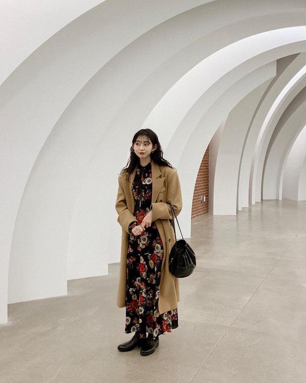 Cô nàng Jiwoo người Hàn cao đúng mét rưỡi mà nhìn lúc nào cũng như mét 6 nhờ 4 chiêu thức đơn giản mà xịn ra trò - Ảnh 1.