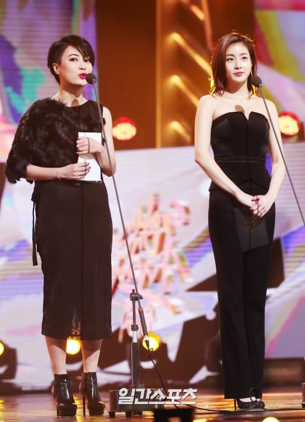 Tình cũ của Hyun Bin: Từ cô nàng mặc váy chật đến bục chỉ đến màn lột xác giảm 20kg, trở thành mỹ nhân có đôi chân đẹp nhất xứ Hàn - Ảnh 12.